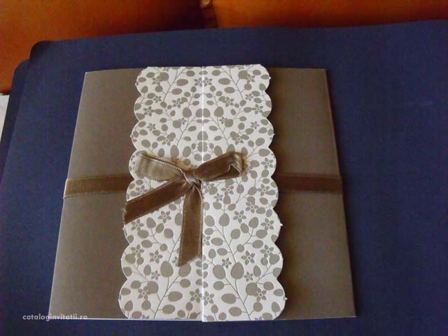 invitatie-model-floral-embosat-35720