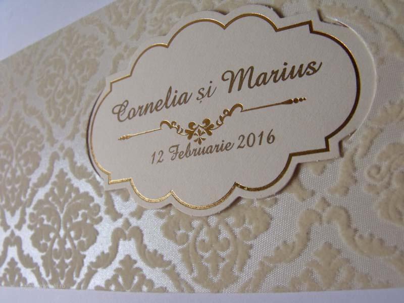 Invitatie Cu Decor Floral Din Catifea Ivory 5505 Cataloginvitatii