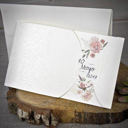 Detaliu invitatie flori