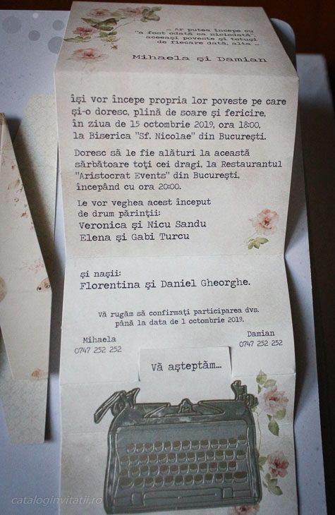 Detaliu text romana