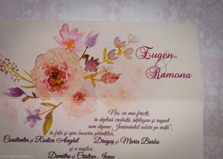 Detaliu apropiat flori watercolor