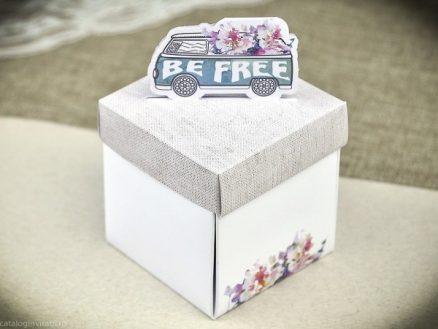 cutie asamblata