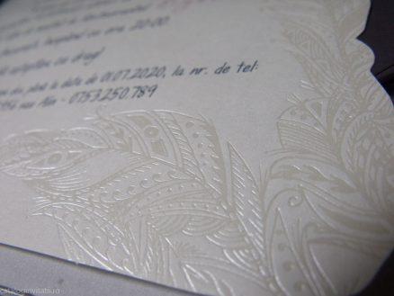 detaliu embosari folio
