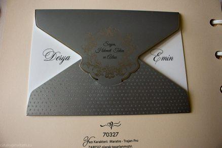 detaliu apropiat din catalog