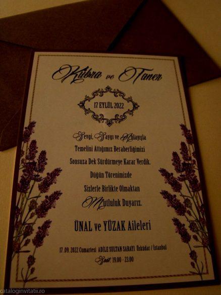 detaliu apropiat din catalog Invitatie florala levanda 70231