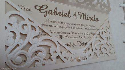 detaliu apropiat Invitatie nunta 2732