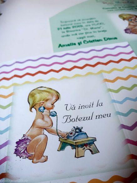 detaliu bebelus la telefon 132