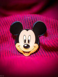 detaliu accesoriu Mickey Mouse