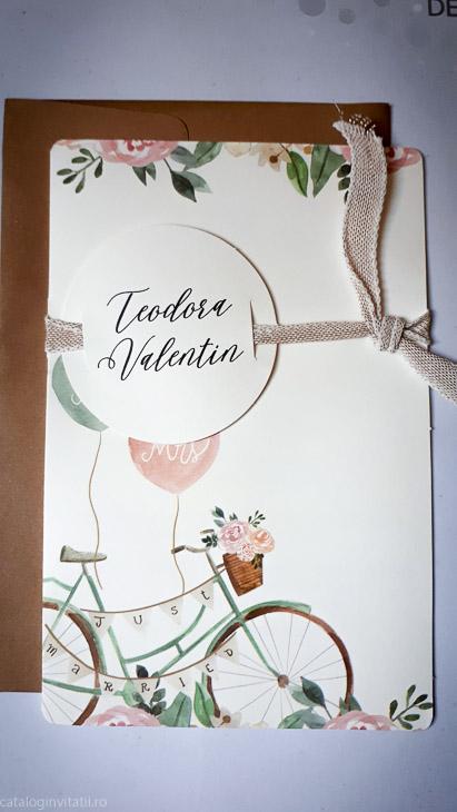 invitatie 39736 detaliu din catalog coperta exterioara cu bicileta si eticheta